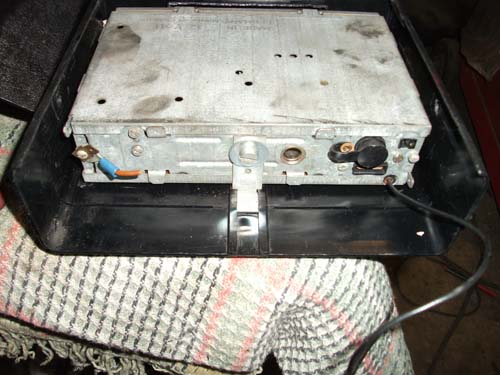 Rückseite Befestigung Oldtimer Radio