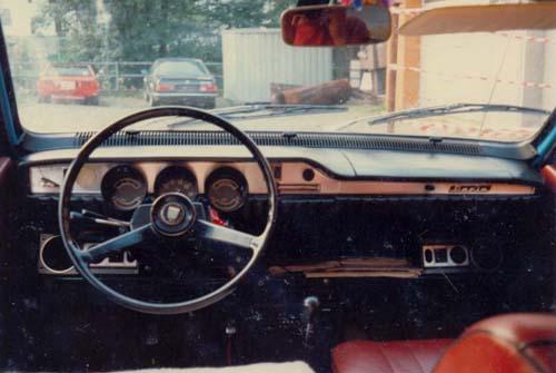 Armaturenbrett UAP Dacia 1300 1974