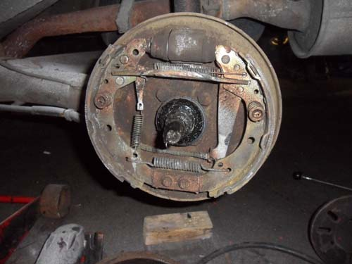 Bremstrommeln VW Passat 32B